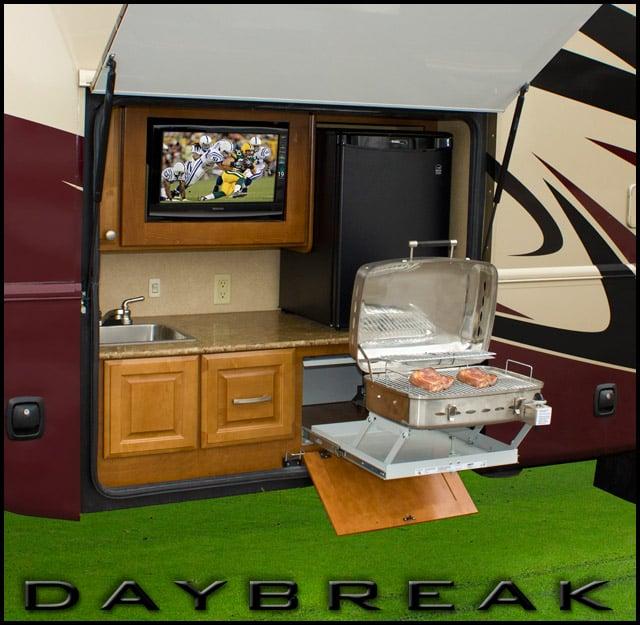 Thor Motor Coach Daybreak Revolutionary Exterior Kitchen Design - Kitchen-design-shows-exterior