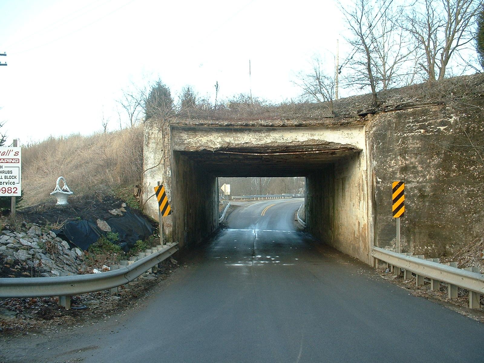 Click image for larger version  Name:Low Bridge 003.jpg Views:56 Size:383.8 KB ID:101129