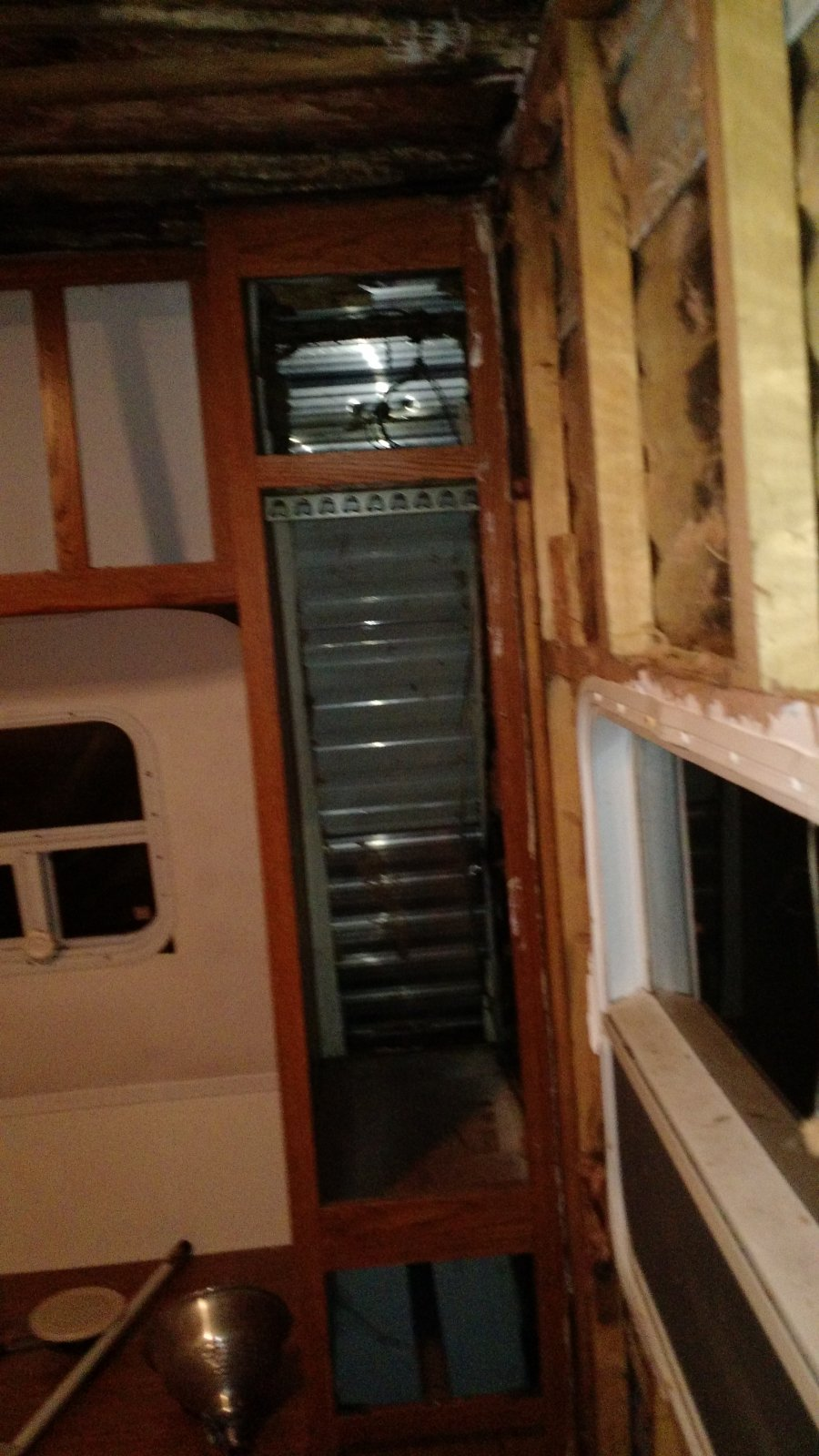 Click image for larger version  Name:Bedroom passenger side view with cabinet.jpg Views:23 Size:211.6 KB ID:104415