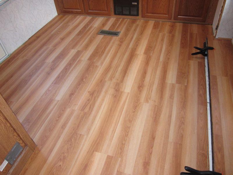 Click image for larger version  Name:Floor01LR.jpg Views:108 Size:94.0 KB ID:10450