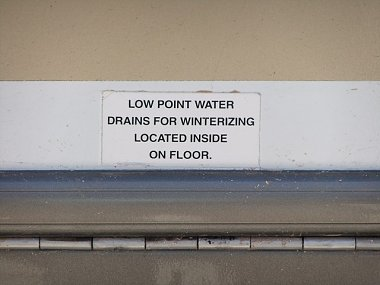 Click image for larger version  Name:Fresh Water Drain 001.jpg Views:26 Size:58.4 KB ID:108454