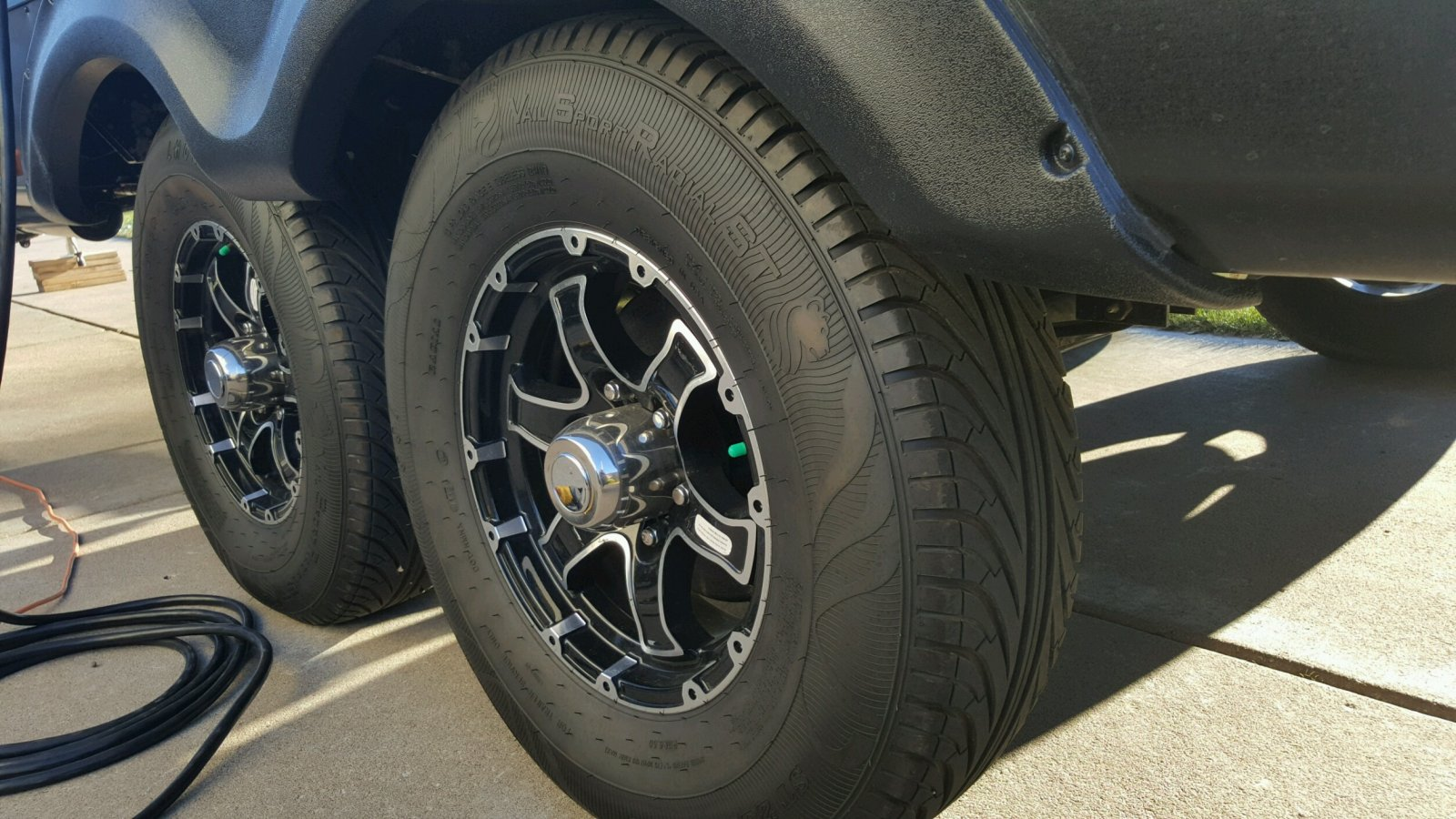 Click image for larger version  Name:Tires.jpg Views:133 Size:278.0 KB ID:109779