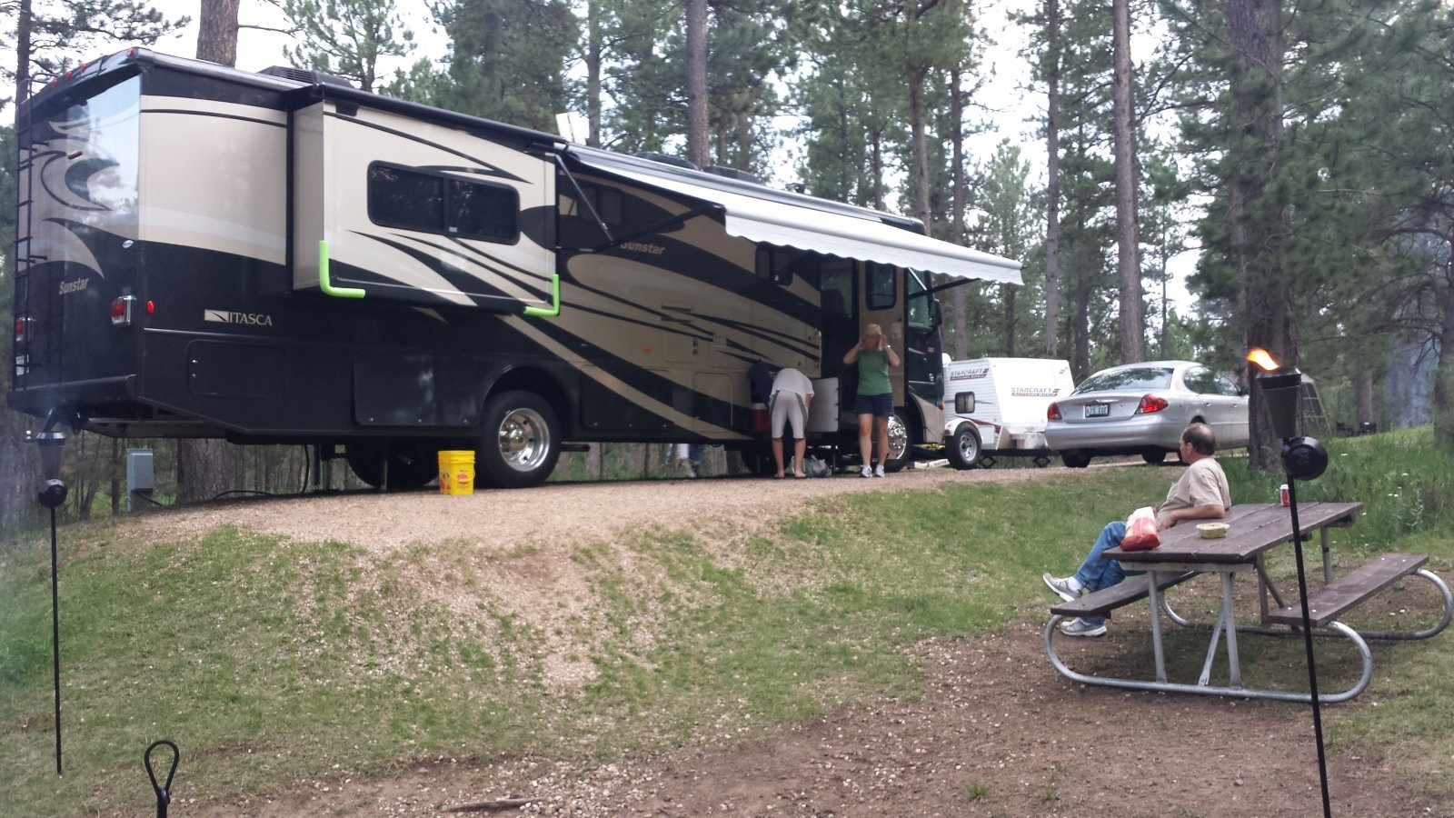 Click image for larger version  Name:Stockade Lake South Campground SD.jpg Views:98 Size:338.4 KB ID:112179
