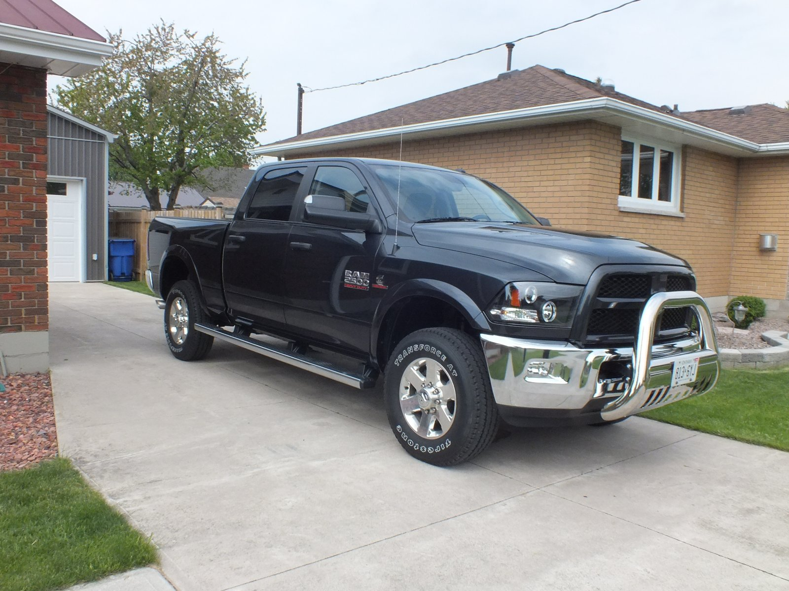 Click image for larger version  Name:johns new truck may 2015 052.jpg Views:135 Size:326.0 KB ID:112237