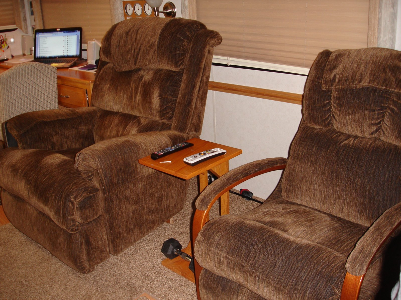 Click image for larger version  Name:Recliners.jpg Views:75 Size:453.3 KB ID:112530