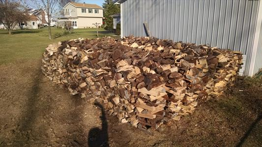 Click image for larger version  Name:Firewood_300.jpg Views:34 Size:93.0 KB ID:112783