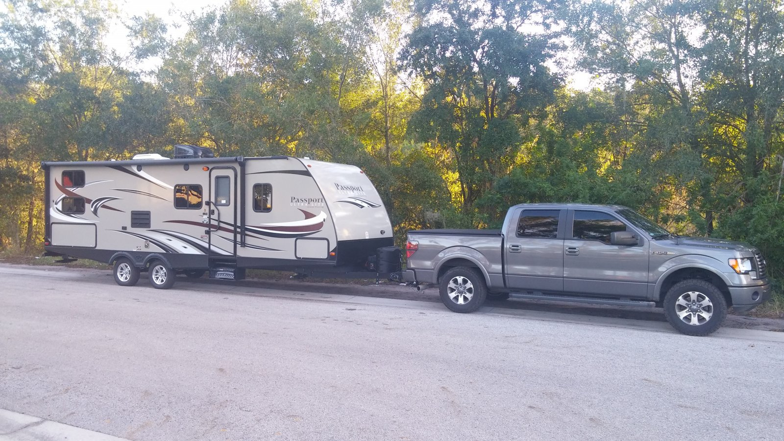 Click image for larger version  Name:camper pic.jpg Views:81 Size:416.1 KB ID:112818