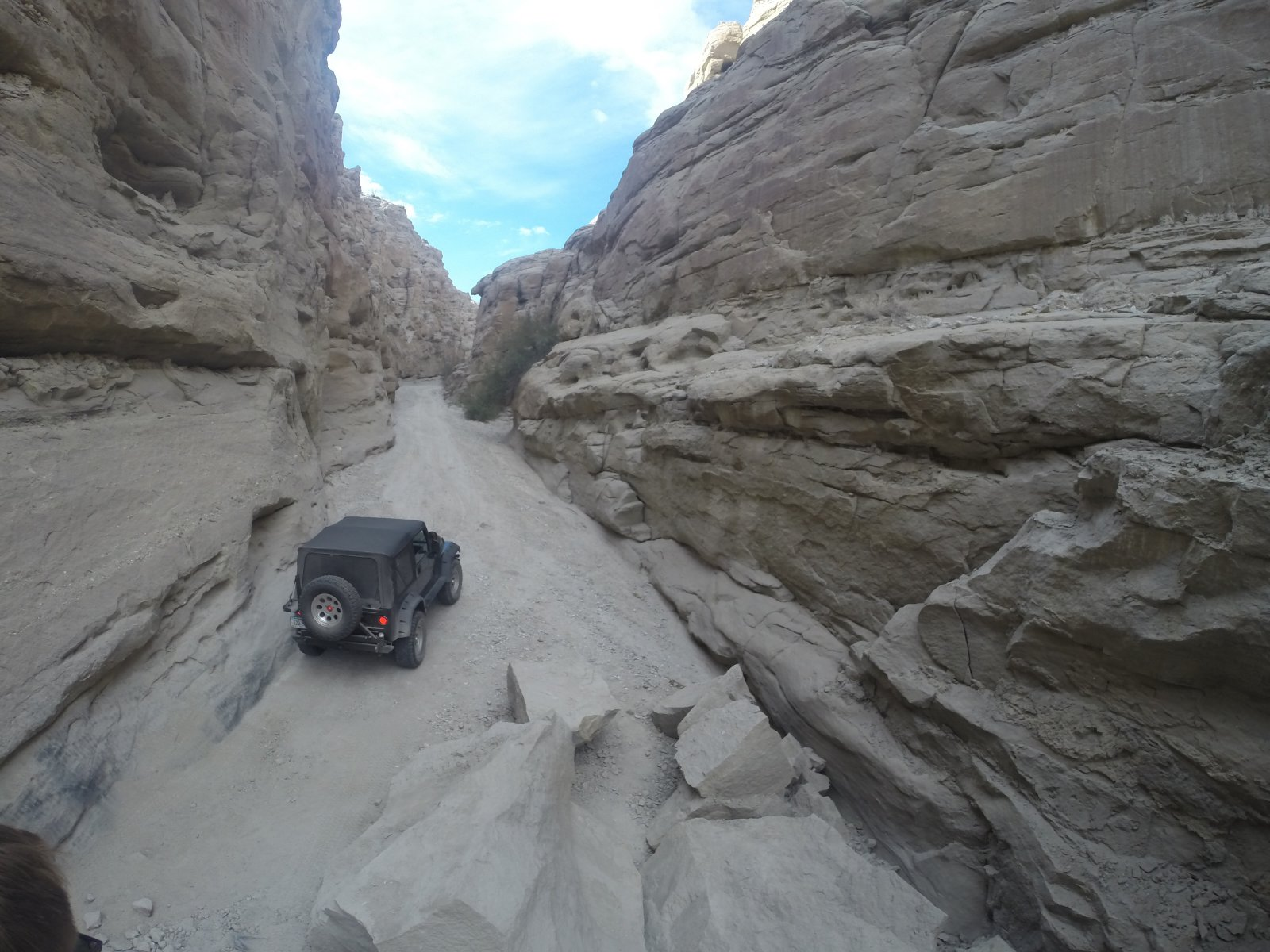 Click image for larger version  Name:Sandstone Canyon-2a.jpg Views:37 Size:285.8 KB ID:116902