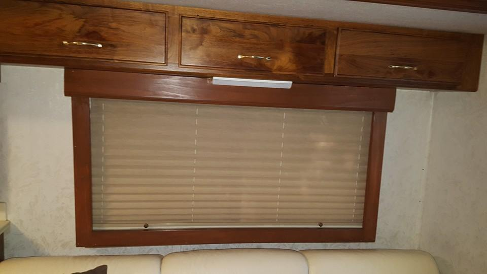 Click image for larger version  Name:RV Window Treatment.jpg Views:25 Size:41.6 KB ID:117889