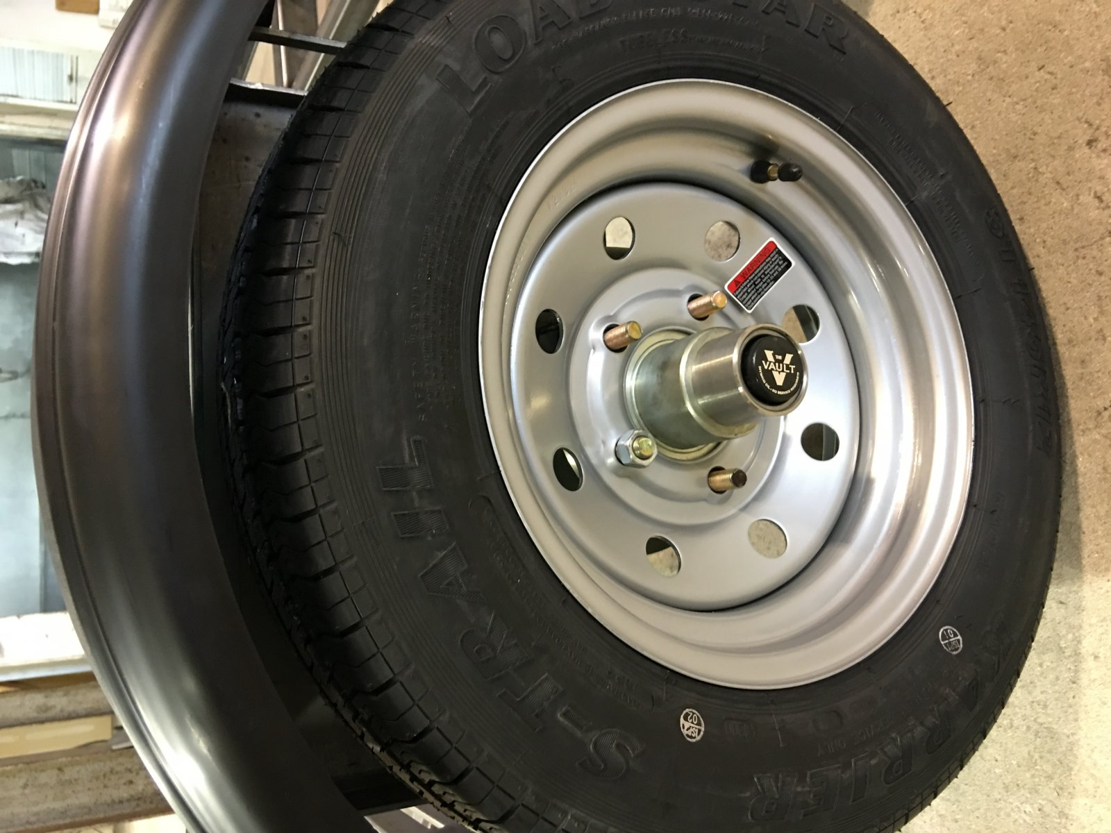 Click image for larger version  Name:New Tire 1.jpg Views:36 Size:246.5 KB ID:119198