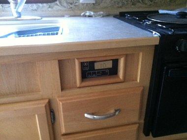 Click image for larger version  Name:inverter cabinet.JPG Views:77 Size:101.0 KB ID:122988