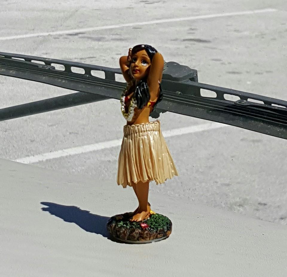 Click image for larger version  Name:Hula Girl.jpg Views:76 Size:165.6 KB ID:123960