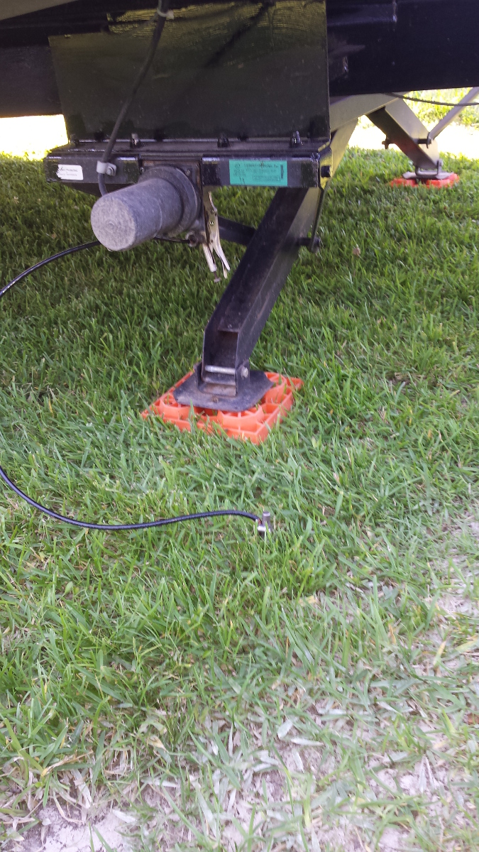 Click image for larger version  Name:groundstrap.jpg Views:106 Size:571.5 KB ID:126363