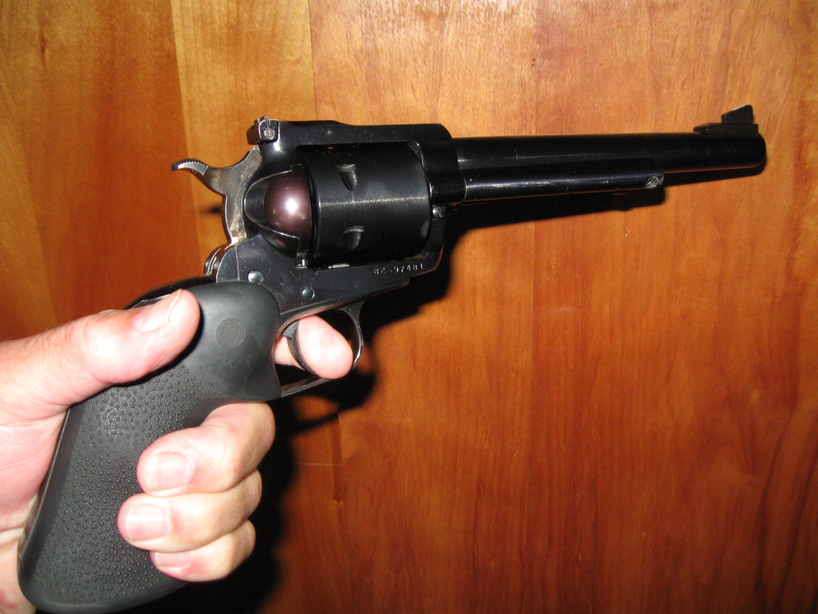 Click image for larger version  Name:44 Magnum.jpg Views:43 Size:423.9 KB ID:12885