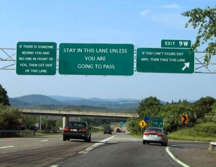 Click image for larger version  Name:Freeway Sign.jpg Views:306 Size:92.8 KB ID:13149