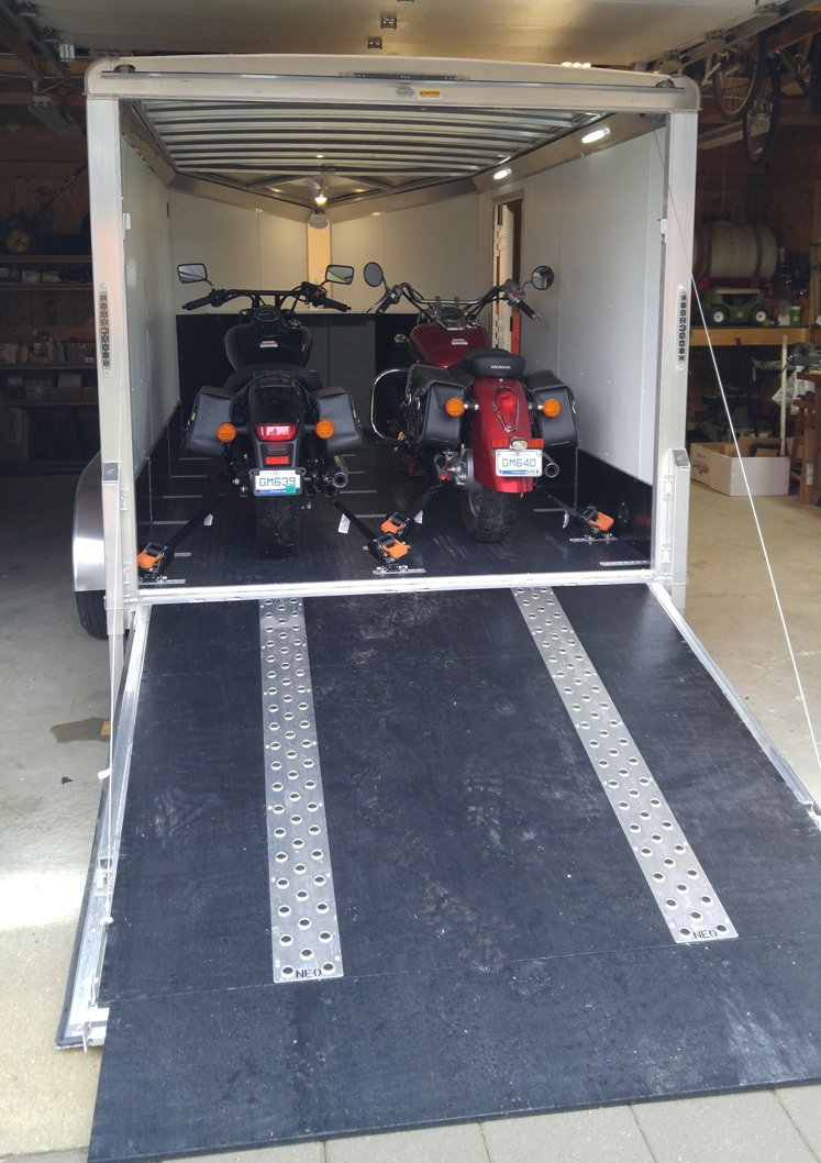 Click image for larger version  Name:trailer with bikes.jpg Views:50 Size:344.5 KB ID:132632