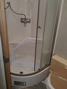 Click image for larger version  Name:shower enclosure.jpg Views:113 Size:38.4 KB ID:133341