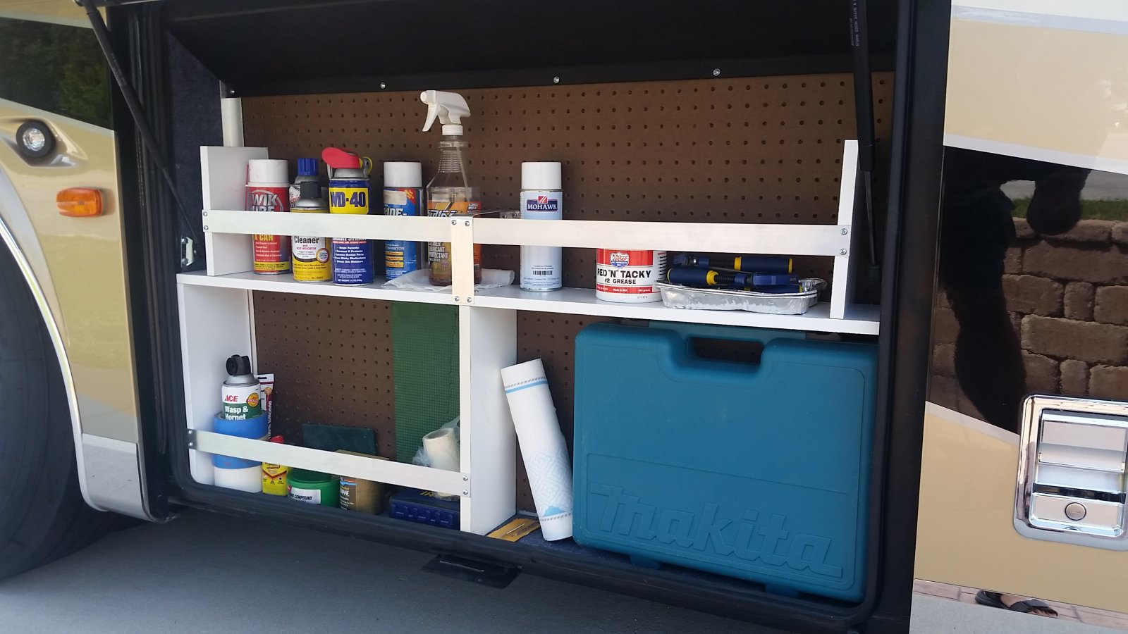 Click image for larger version  Name:Pegboard bay shelf.jpg Views:104 Size:183.3 KB ID:136519