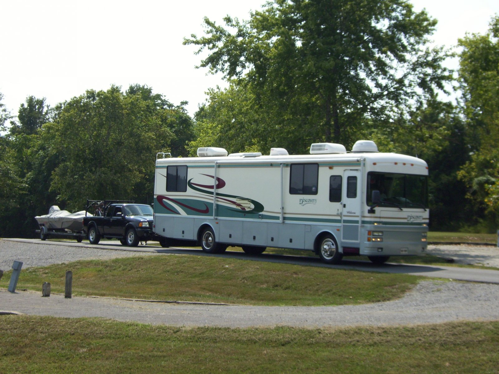 Click image for larger version  Name:Motorhome, truck, & boat.jpg Views:638 Size:352.0 KB ID:14596