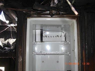 Click image for larger version  Name:Mike Slaten Fridge Fire 11-23-2010 (7).JPG Views:55 Size:207.8 KB ID:147803