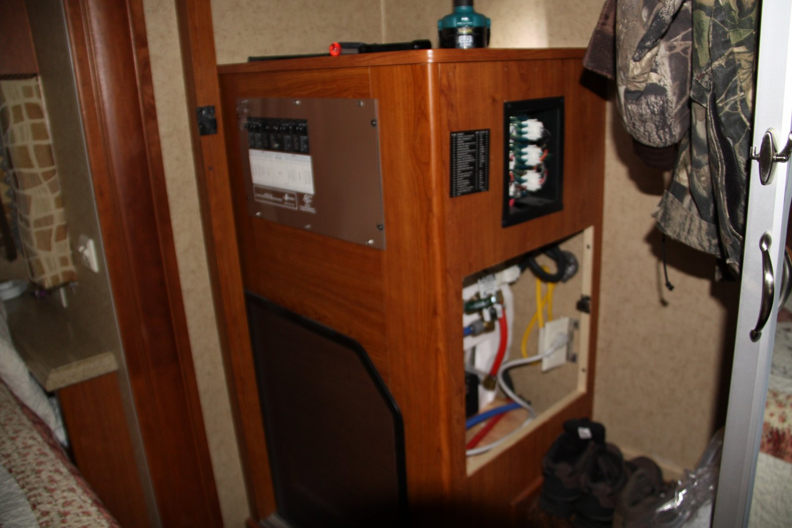1986 holiday rambler wiring diagram wiring diagram all about dc power conveerters in rvs