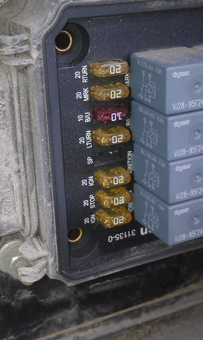 freightliner classic fuse panel diagram freightliner xc chassis auxilary fuse/relay box - irv2 forums freightliner classic fuse box location