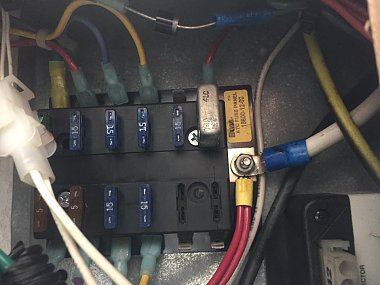 Click image for larger version  Name:1999 3730 Fuse Panel Drivers side.jpg Views:32 Size:59.5 KB ID:167778