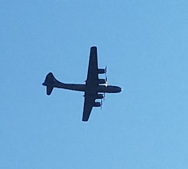 Click image for larger version  Name:B29 Fly Over.jpg Views:203 Size:196.9 KB ID:179491