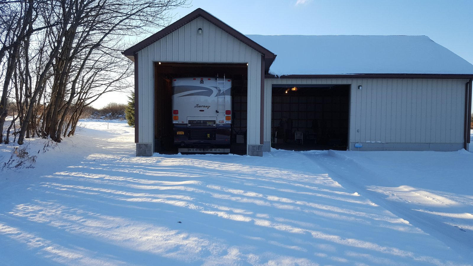 Click image for larger version  Name:MH in Barn in Winter.jpg Views:38 Size:271.1 KB ID:186116