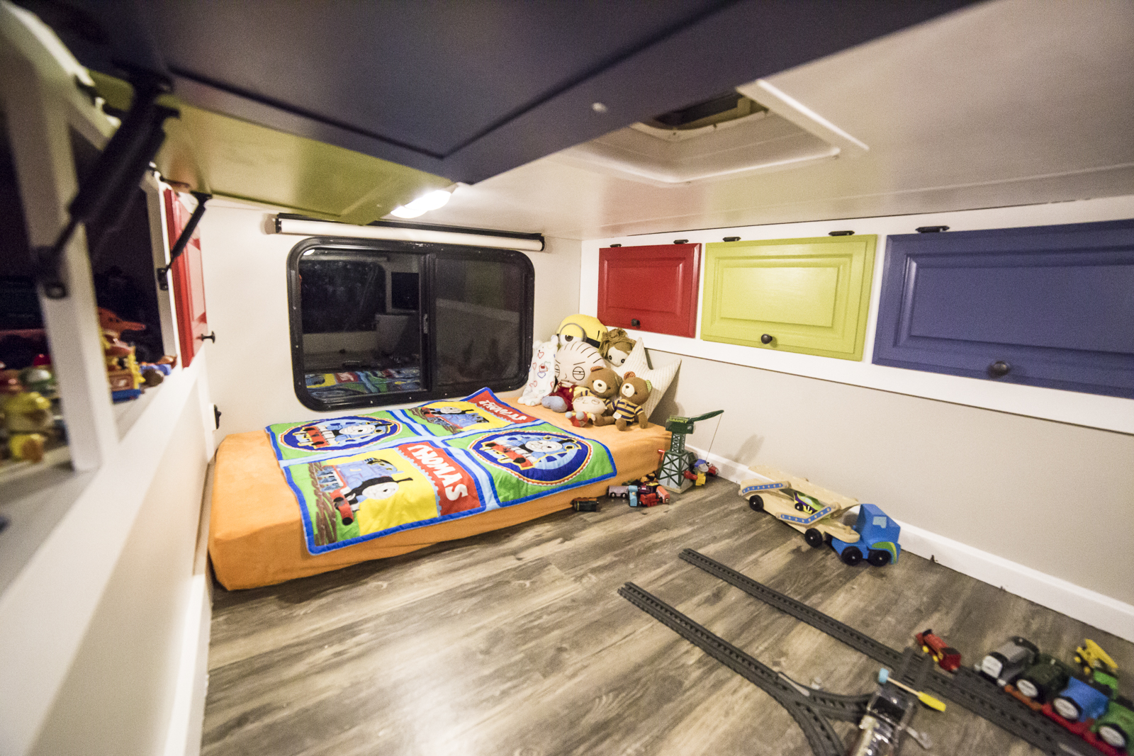 Click image for larger version  Name:RV Renovation Resized-2376.jpg Views:22 Size:1.28 MB ID:189061