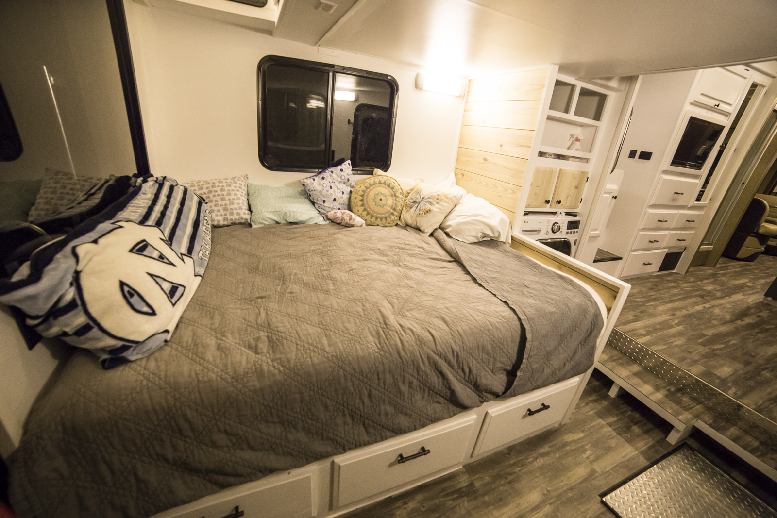 Click image for larger version  Name:RV Renovation Resized-2362.jpg Views:15 Size:1.17 MB ID:189063