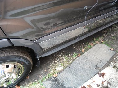 Click image for larger version  Name:Running board removed-mud flap added.jpg Views:217 Size:294.3 KB ID:189810