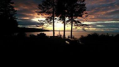 Click image for larger version  Name:sunseta.jpg Views:624 Size:88.0 KB ID:193472