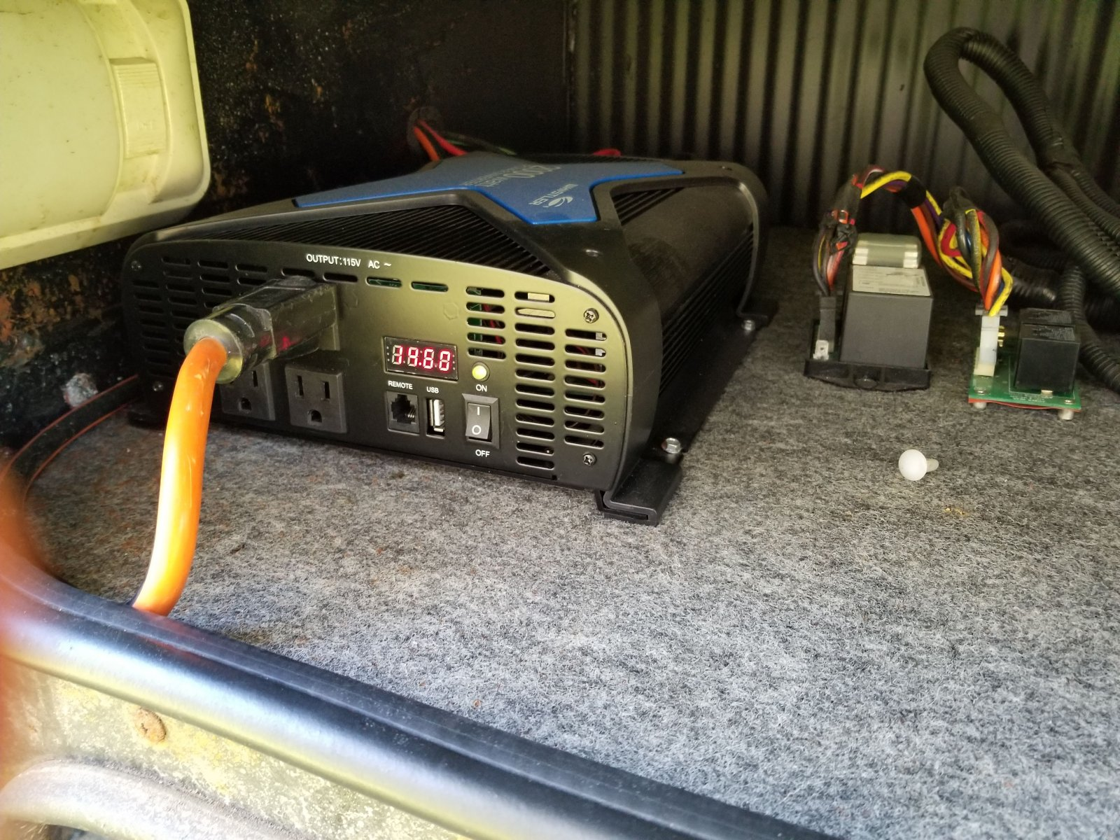 Click image for larger version  Name:Front of inverter.jpg Views:24 Size:406.1 KB ID:206753