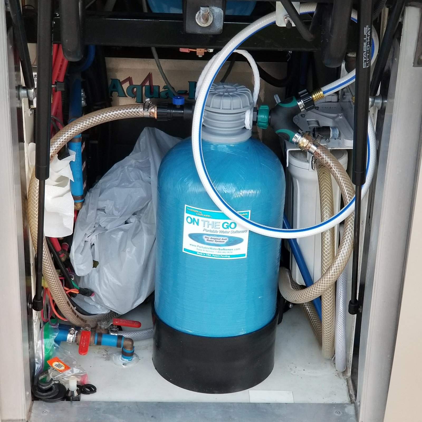 Click image for larger version  Name:Water Softener On the Go installed.jpg Views:84 Size:418.1 KB ID:211592