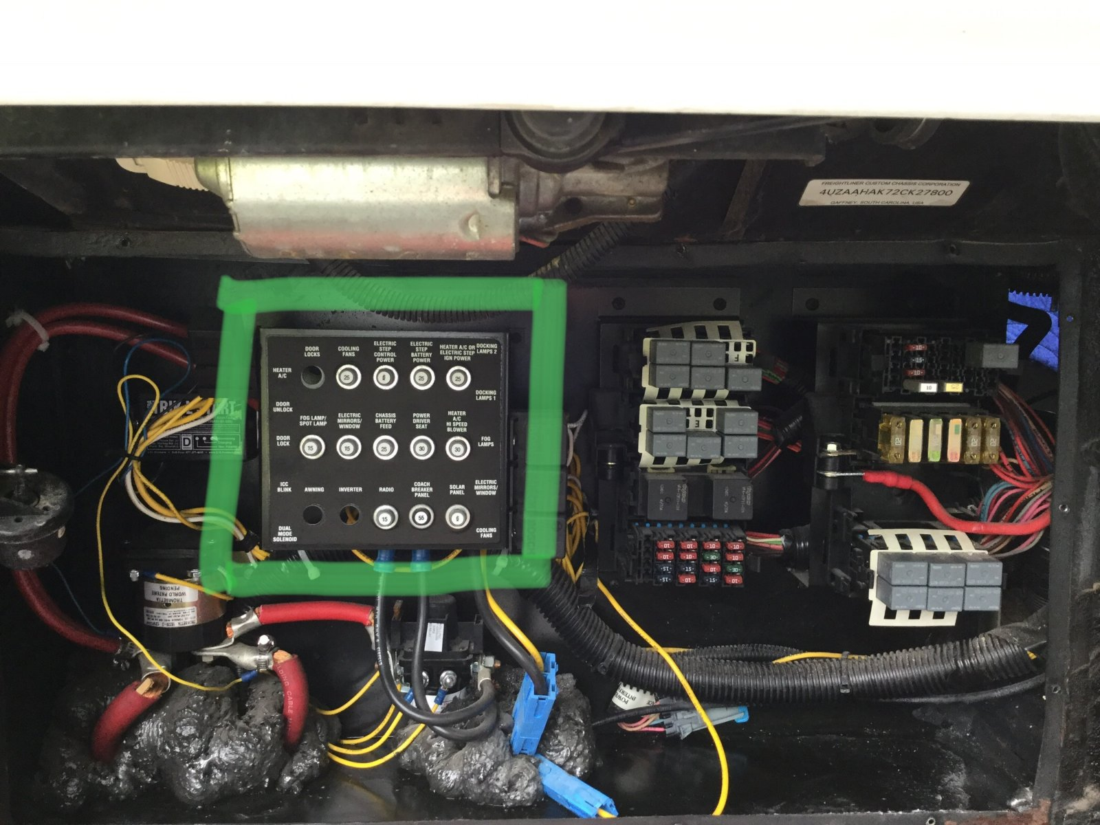 Where Is My Fuse Box 2001 Itasca Horizon 36ld Irv2 Forums Breaker Tripping Click Image For Larger Version Name 34257d9a 0fa4 44a7 882a 44b7458aabce