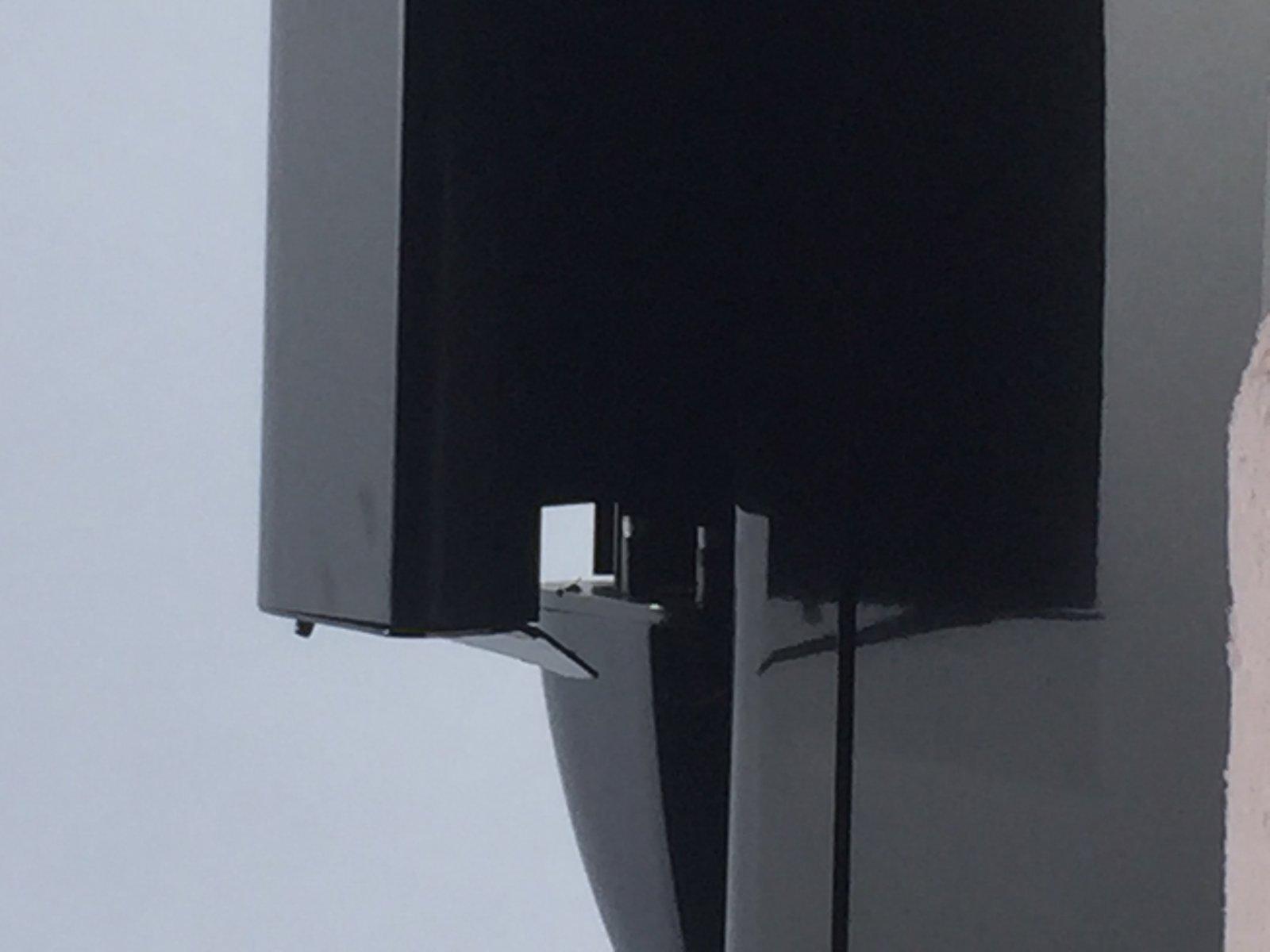 Click image for larger version  Name:Bent Aft End Cap.jpg Views:51 Size:95.1 KB ID:218590