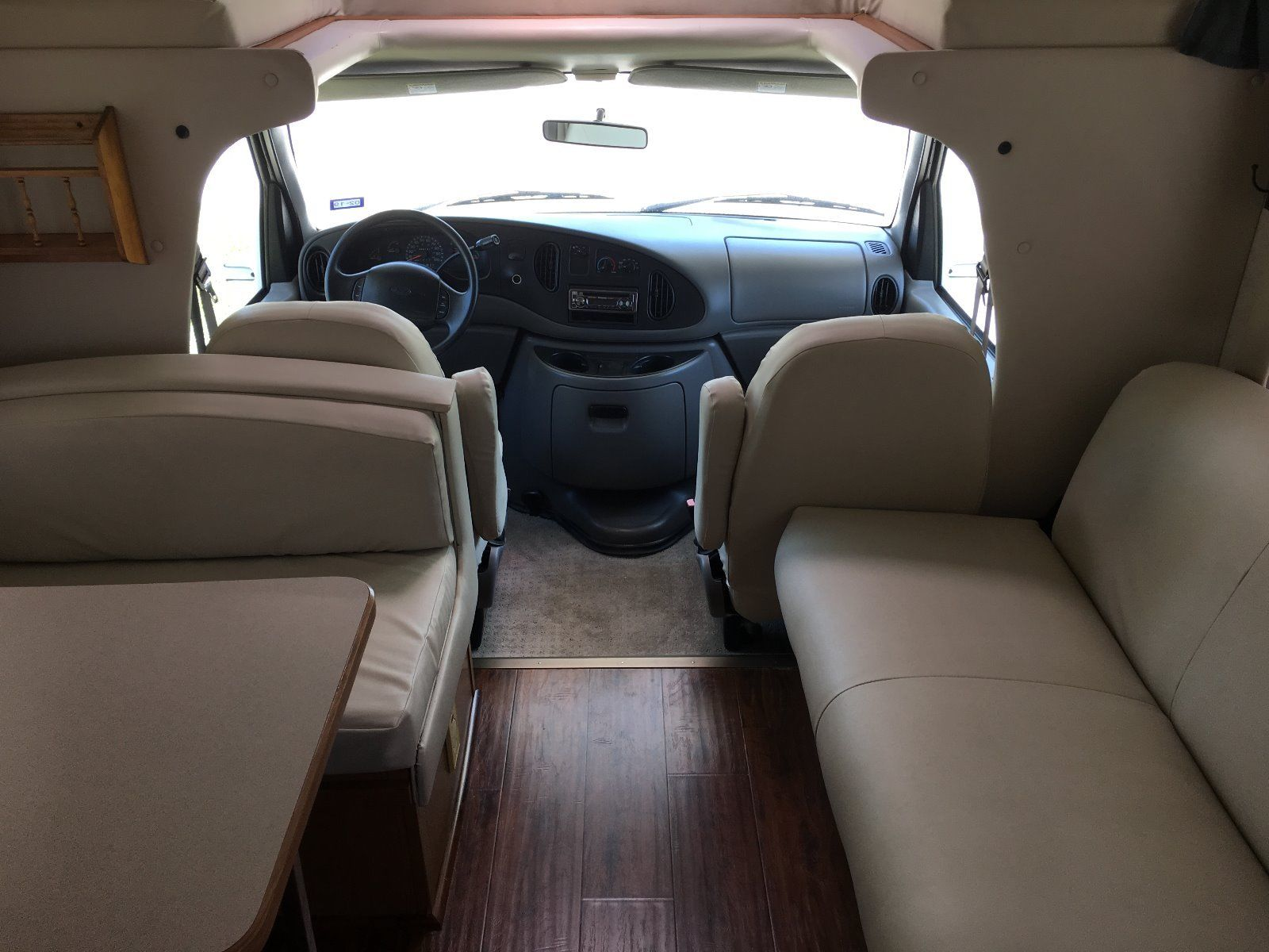 Click image for larger version  Name:1999 RV Front Seating area.jpg Views:54 Size:181.4 KB ID:222866