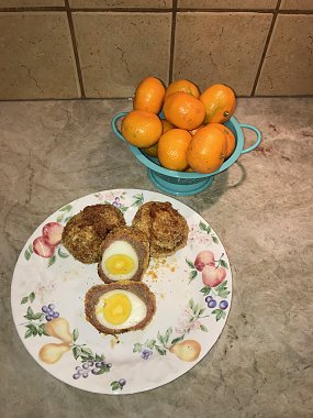 Click image for larger version  Name:Scotch Eggs.jpg Views:21 Size:300.7 KB ID:227081
