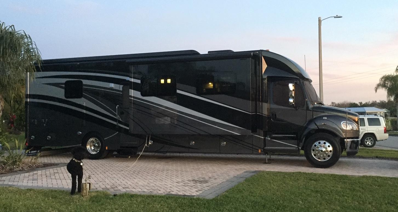 Click image for larger version  Name:Bay Lake Motorcoach Resort.JPG Views:47 Size:400.1 KB ID:232497