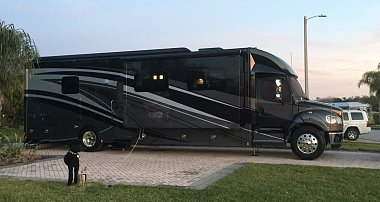 Click image for larger version  Name:Bay Lake Motorcoach Resort.JPG Views:55 Size:400.1 KB ID:232497