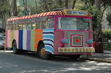 Click image for larger version  Name:yarnbus.jpg Views:74 Size:99.2 KB ID:24259