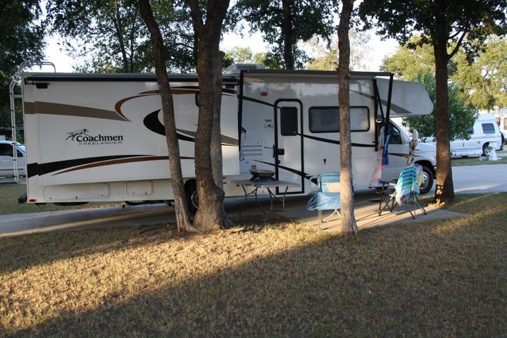 Click image for larger version  Name:coachmen.jpg Views:34 Size:106.8 KB ID:24433