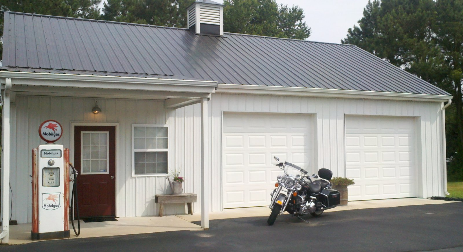 Click image for larger version  Name:Front of pole barn 2.jpg Views:70 Size:237.1 KB ID:25014