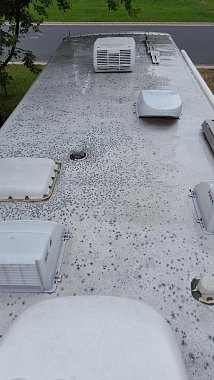 Click image for larger version  Name:RV roof.jpg Views:20 Size:116.2 KB ID:250788