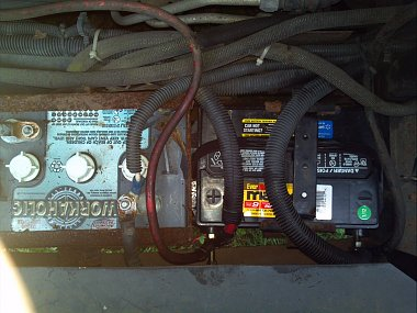 [SCHEMATICS_4ER]  Battery Wiring and Disconnect issues in 92 Southwind... - iRV2 Forums | 94 Southwind Motorhome Battery Wiring Diagram |  | iRV2 Forums