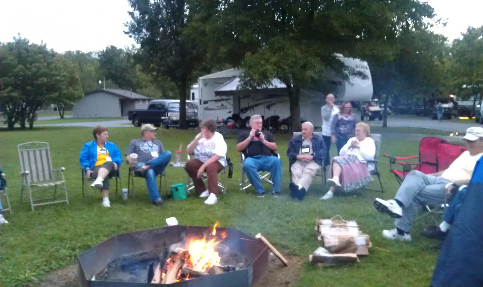 Click image for larger version  Name:campfire2.jpg Views:98 Size:211.9 KB ID:26219