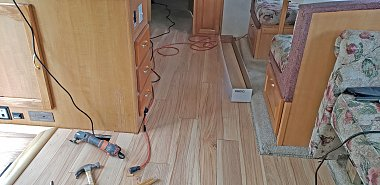 Click image for larger version  Name:FloorEnhanced.jpg Views:19 Size:254.8 KB ID:265780