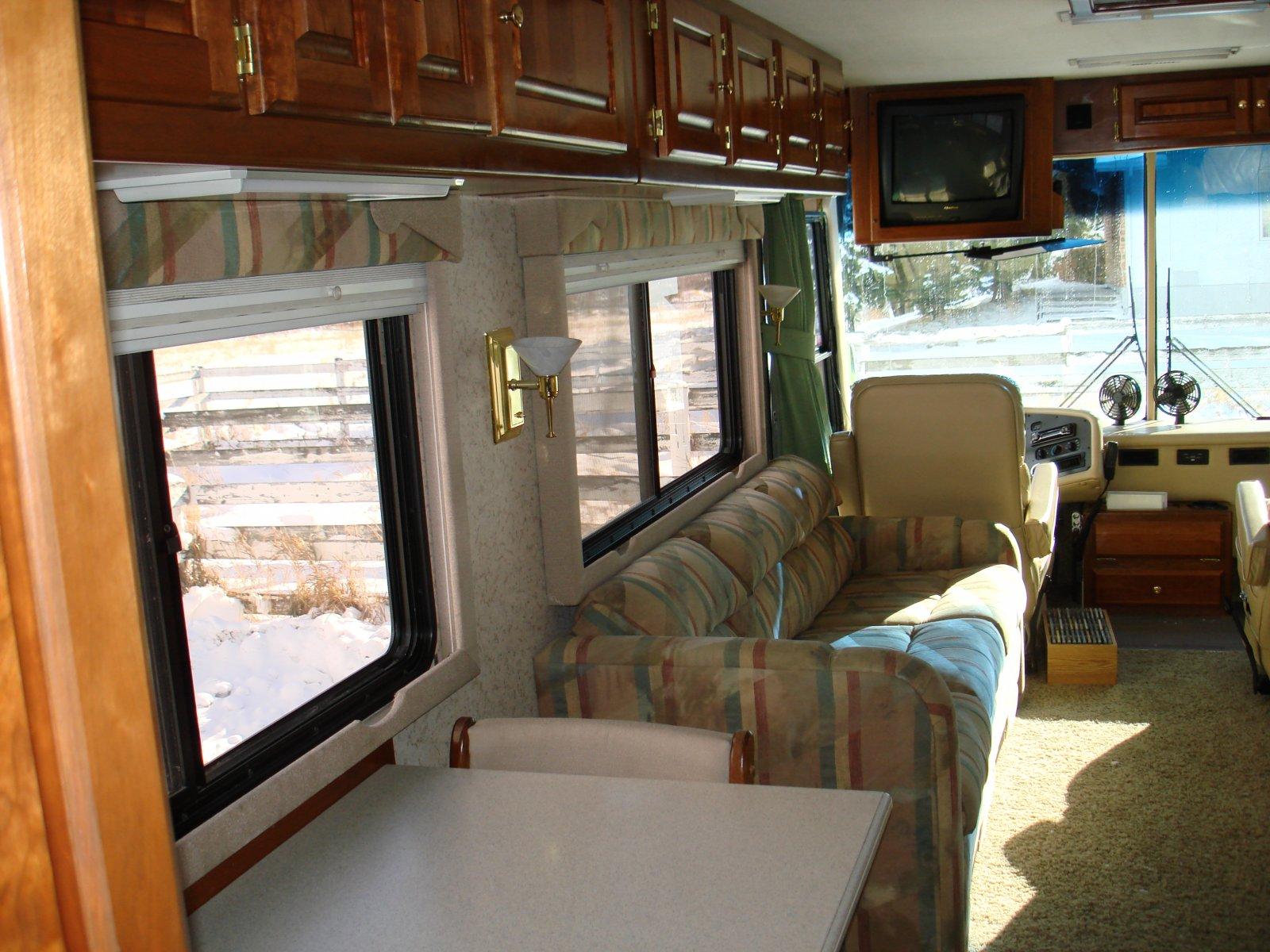 Click image for larger version  Name:motorhome 019.jpg Views:77 Size:299.5 KB ID:28400