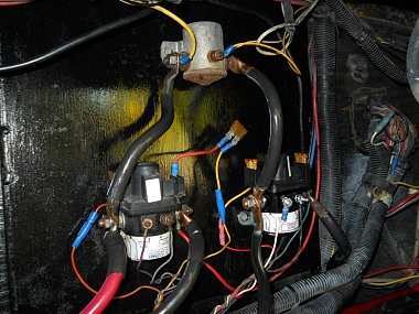 Sp A B together with Attachment besides Electrical Service Cr as well Master Switch Shut Off Diagram likewise E A F Eb A E E Ba D B Electrical Wiring Diagram Solar Energy. on rv battery disconnect switch wiring diagram
